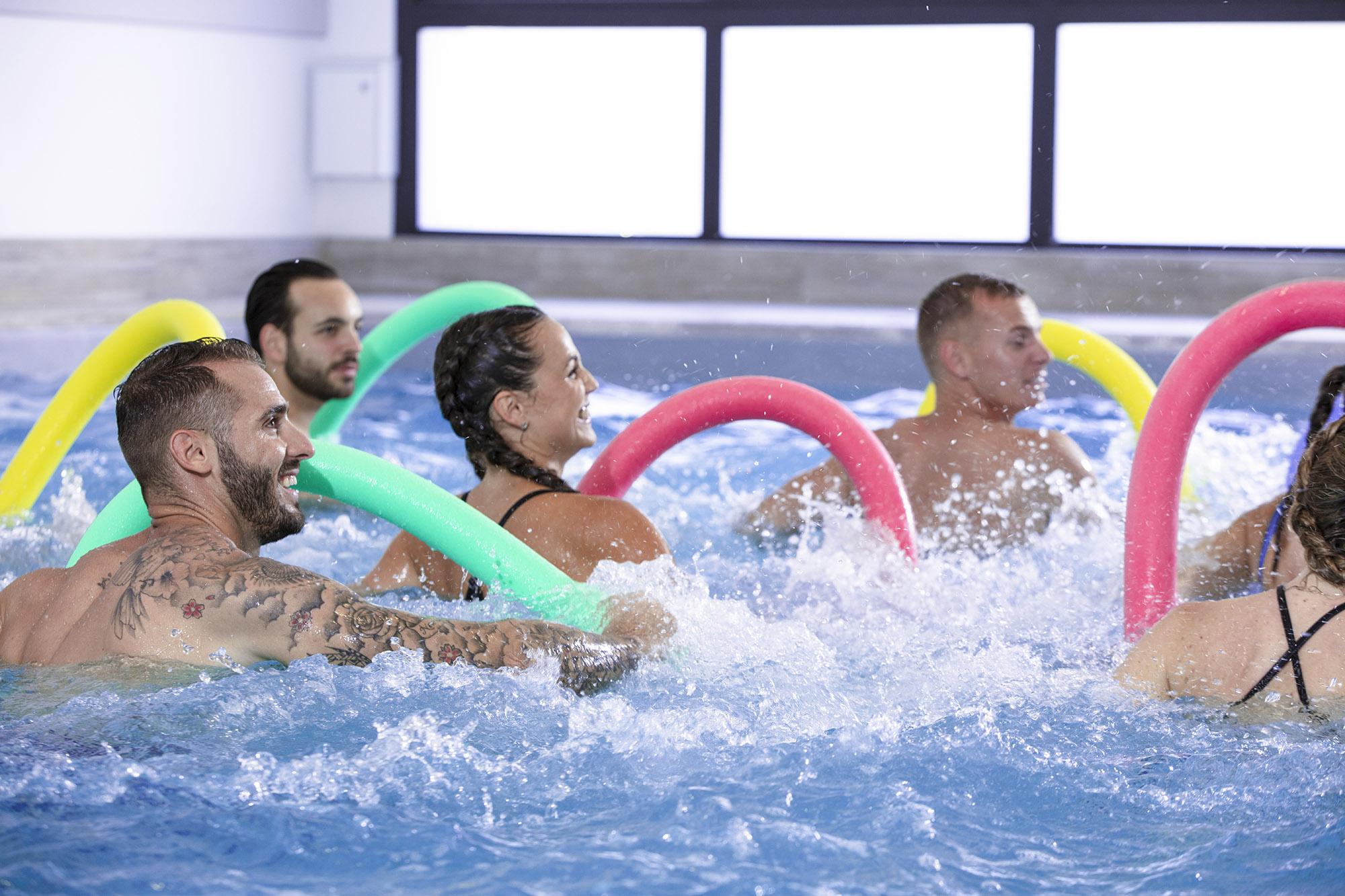 Pour de cuisses abdos fessiers aquatique à Olympe Aqua Fitness