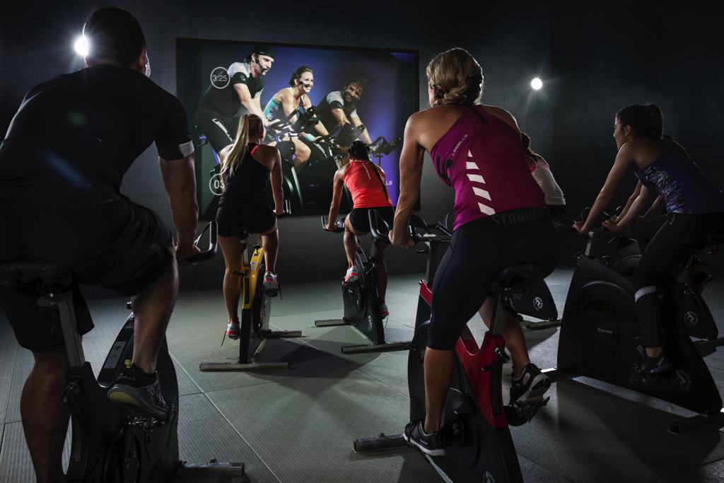 Photo cours RPM dans la salle Olympe Aqua Fitness